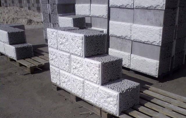 Толщина стен из керамзитобетонных блоков: наружных, несущих, перегородочных