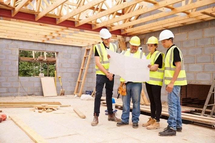 Цены - прайс стоимости строительных и отделочных работ в деревянном доме бригады строителей | plotnik-i-dom.ru