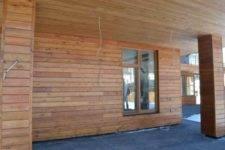 Покраска дома из бруса снаружи - стоимость, выбор краски и технология
