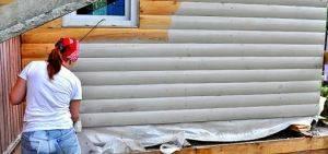 Как и чем покрасить блок-хаус снаружи дома + выбор оптимальной краски