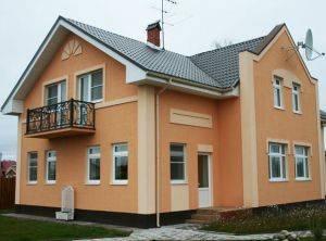 Технология отделки фасада частного дома штукатуркой по силикатному кирпичу и другим материалам