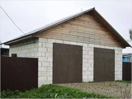 Строительство сарая из пеноблоков: устройство фундамента и кладка блоков