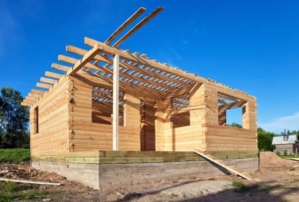 Пристрой из бруса к деревянному дому: этапы монтажа