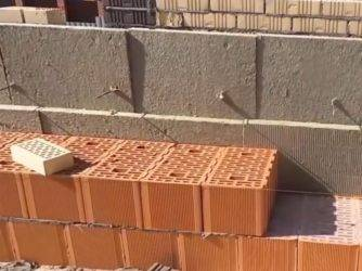 Блоки для бани: какие лучше? керамзитобетон, газосиликат, пенобетон. можно ли строить баню из арболитовых блоков?