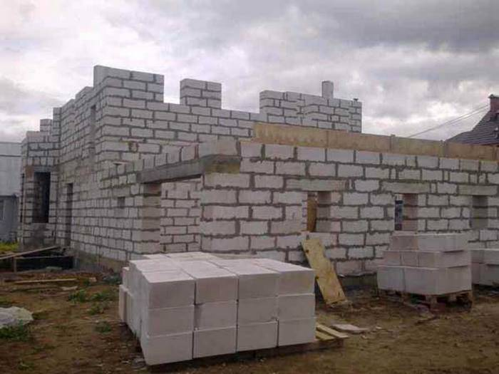 Технология кладки стен из ячеистых блоков