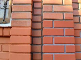 Фасадные краски для наружных работ по кирпичу: критерии выбора