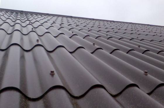 Купить шифер для крыши: какой брать и за сколько