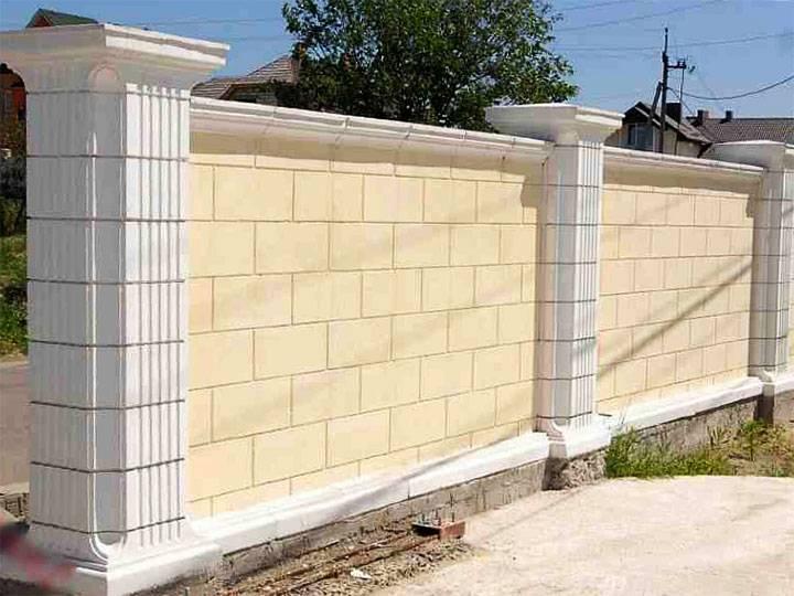 Как построить забор из газоблока?