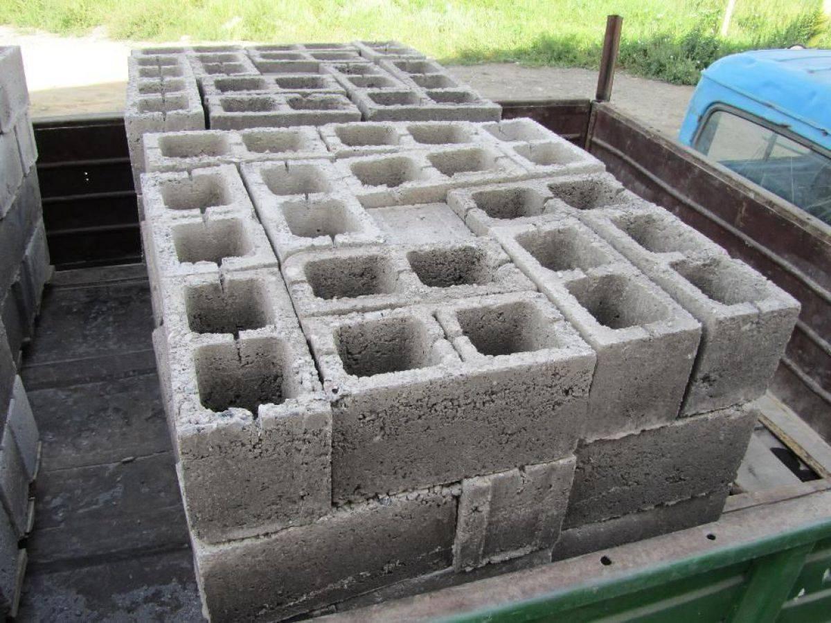 Блоки 20х20х40: цементные для фундамента, бетонные строительные, сколько весит керамзитобетонный фундаментный и пескоцементный