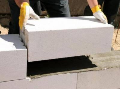 Строим дом из газобетона своими руками: возведение стен