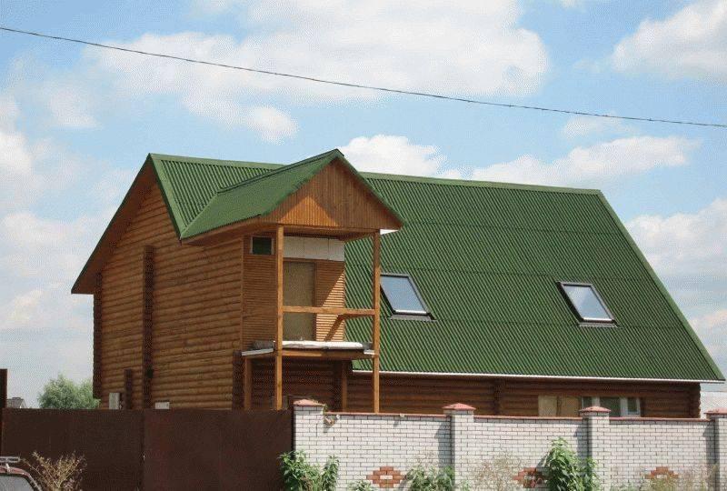 Какое предназначение отводится парапету на крыше?