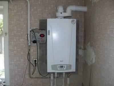 Какой стабилизатор напряжения лучше для газового котла отопления: для настенного, двухконтурного котла, инверторный стабилизатор, какой выбрать