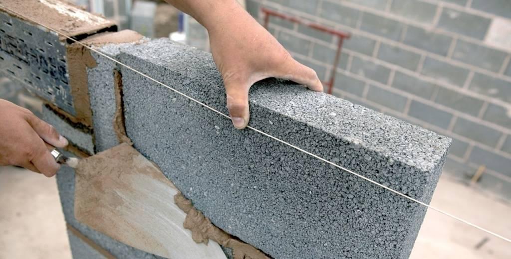 Стеновые перегородки из блоков. особенности перегородочных блоков