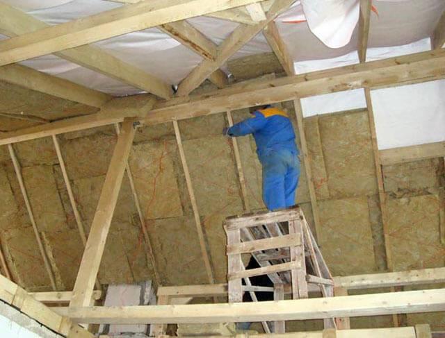 Утепление крыши изнутри: пошаговая инструкция