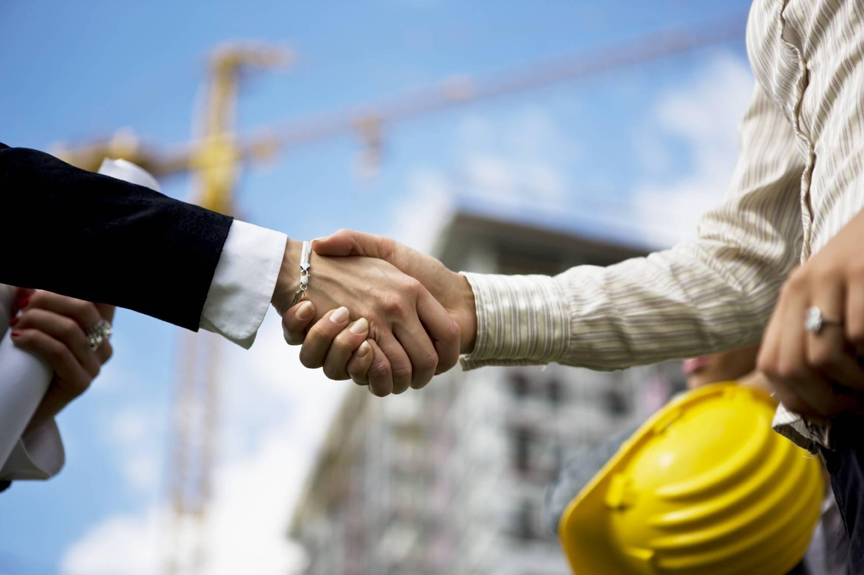 Возможно ли и как проводится внесение изменений в разрешение на строительство?