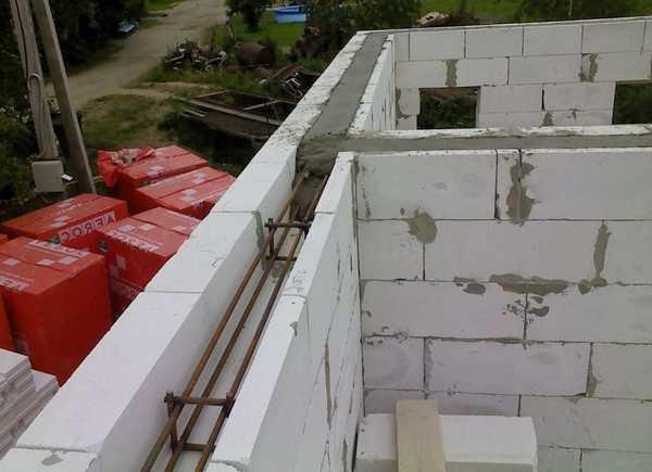 Как класть арболитовые блоки: пошаговая инструкция, как правильно строить дом из деревобетона своими руками