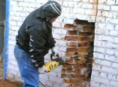 Демонтаж стен: правила, особенности, инструкция
