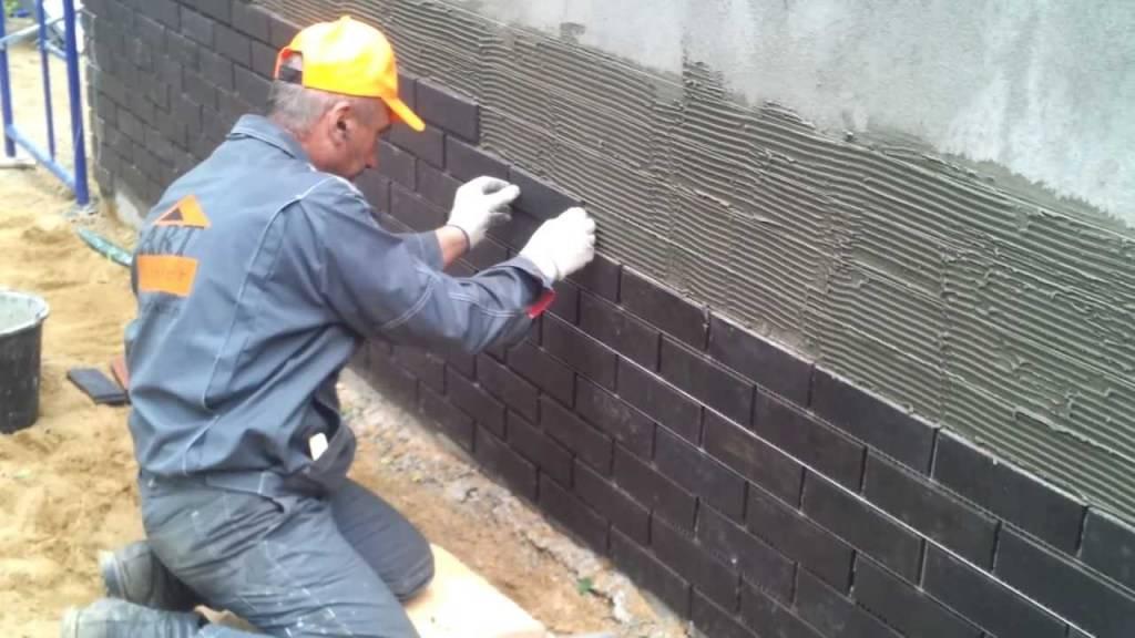 Фасадная плитка с металлическими креплениями - особенности, монтаж своими руками