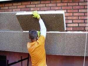 Материалы для утепления стен снаружи: характеристики, способы крепления на фасад