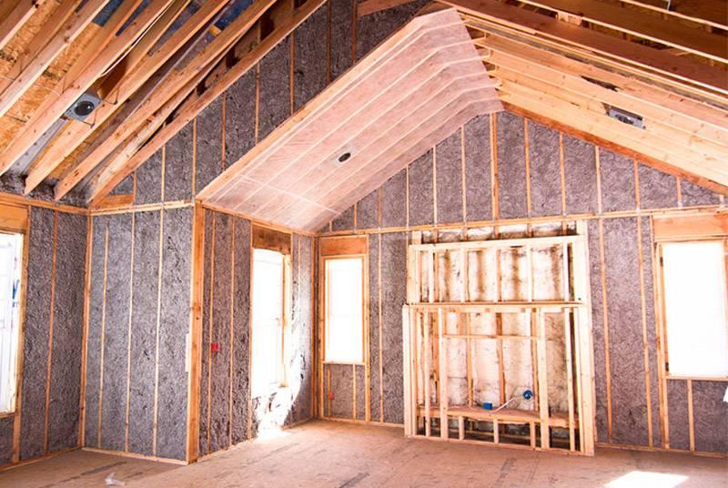 Утепление стен каркасного дома: выбор утеплителя, его толщина, монтаж изоляции своими руками