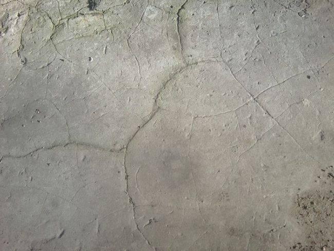 Полезные рекомендации, как и чем заделать дыру в стене из бетона