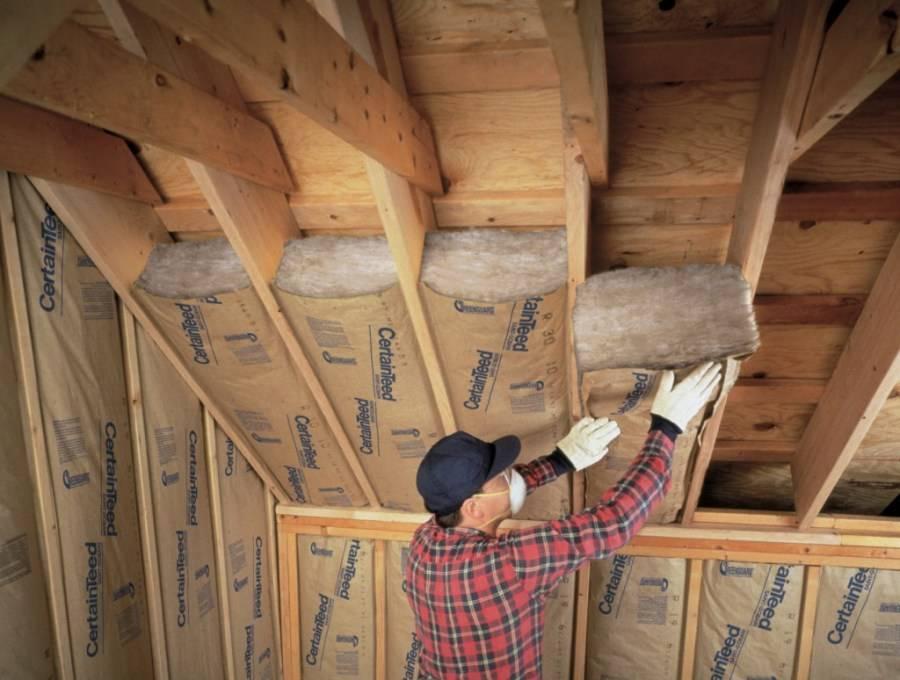 Как производится утепление мансардной крыши и как подготовить крышу частного дома для зимнего проживания