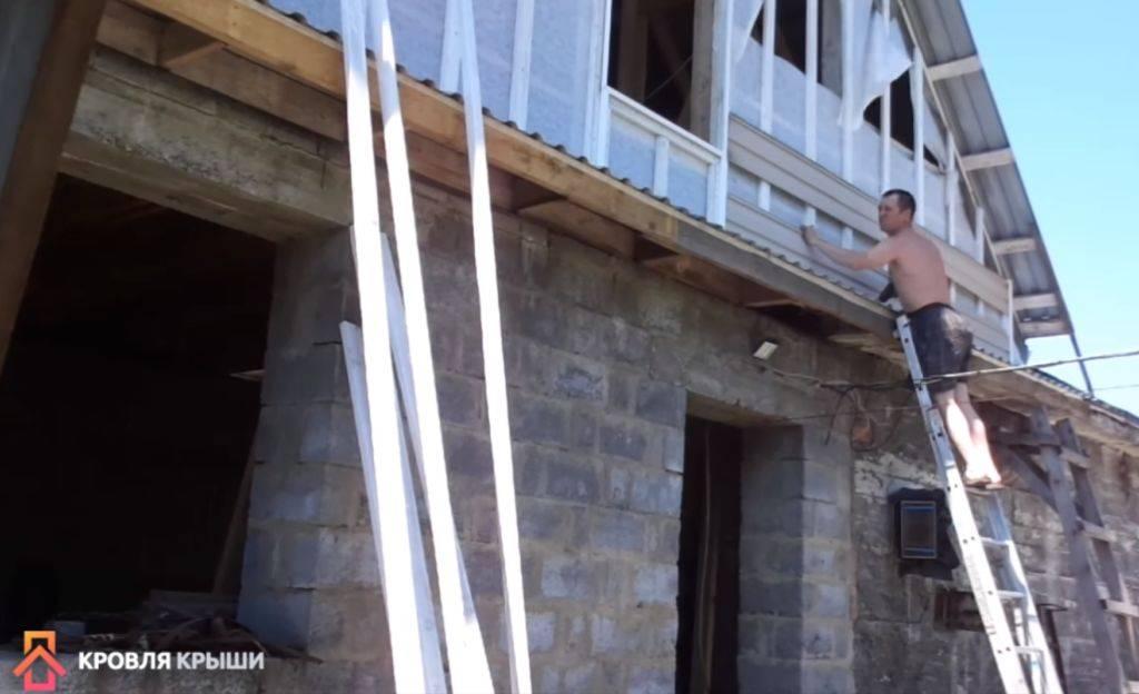Как и чем обшить фронтон дома