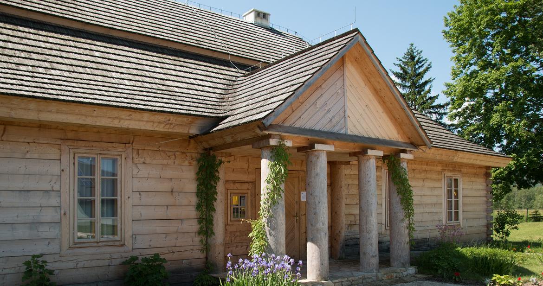 Что такое клееный брус: плюсы и минусы материала для каркасного домостроения