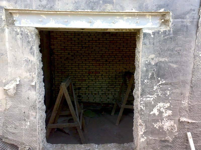 Как вырезать окно в кирпичной стене. как в кирпичной стене сделать проём