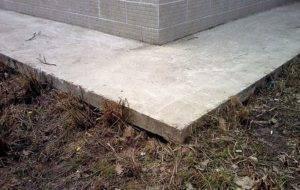 Пропорции бетона для отмостки: рецепт раствора для бетономешалки (м200, м400, м500), особенности замешивания бетонного состава, приготовления смеси своими руками