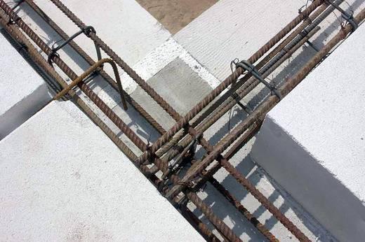 Армопояс для двухскатной крыши
