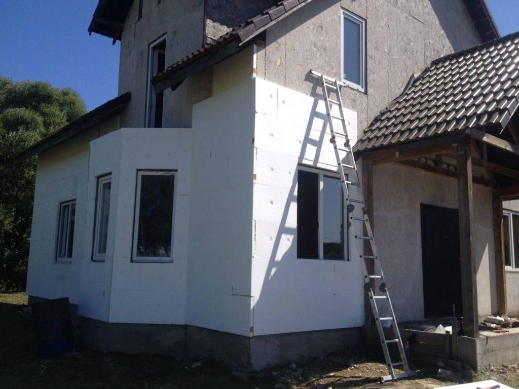 Шпаклевка фасадная: состав, преимущества, технология монтажа