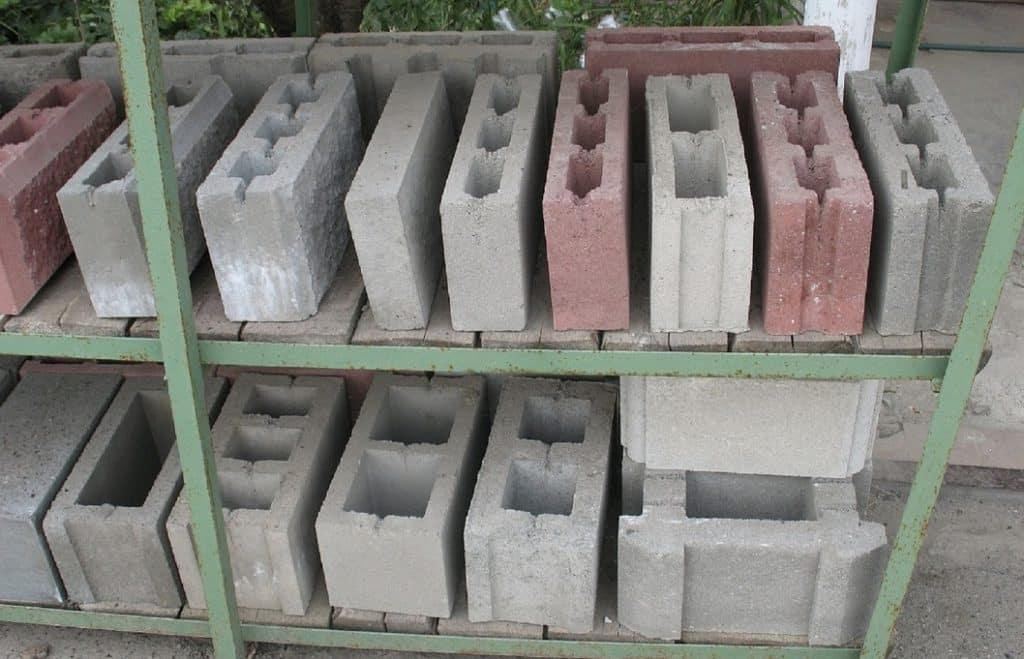 Какие блоки лучше для строительства дома - сравнение материалов