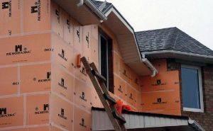 Как крепить утеплитель к деревянной стене порядок работы
