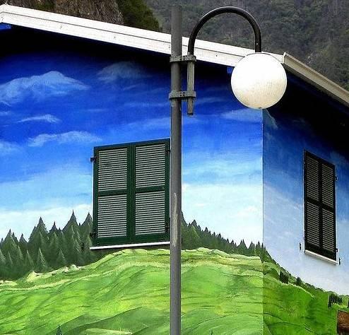 Как выбрать фасадную краску по бетону для наружных работ + технология нанесения