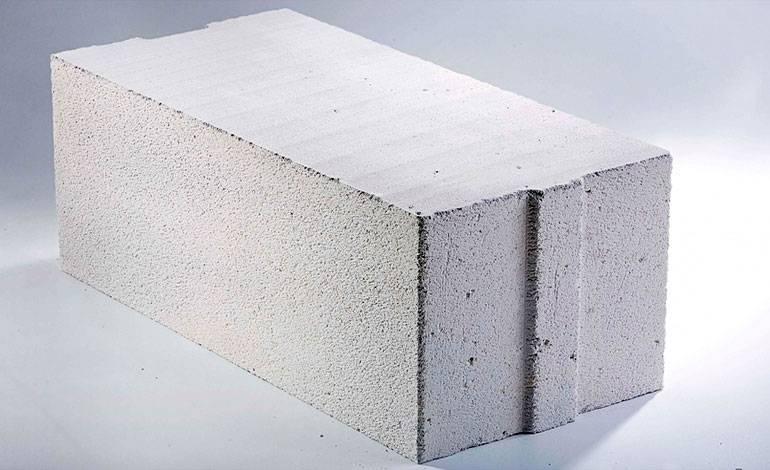 Бетонный блок пустотелый: сфера применения иотличия отдругих строительных блоков