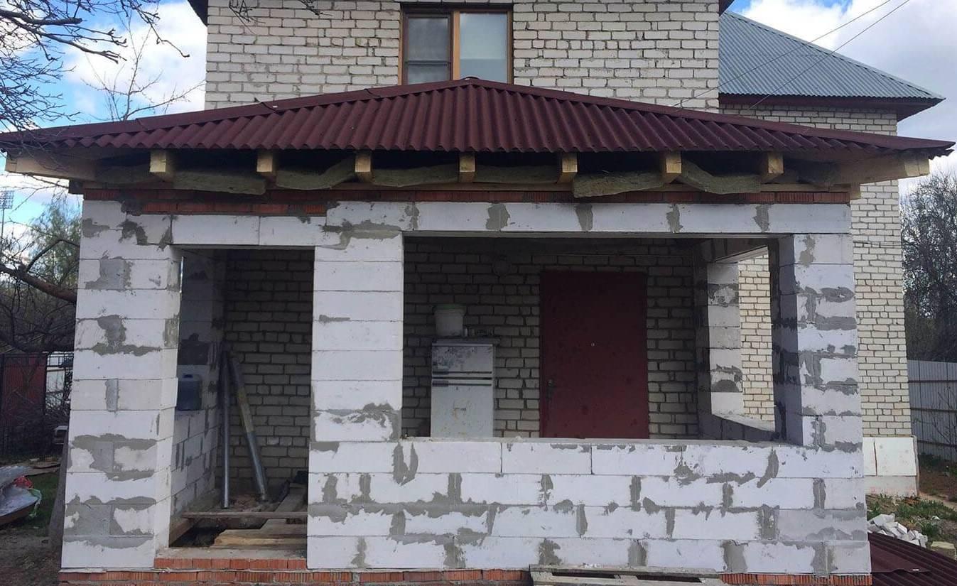 Пристройка из пеноблоков к дому: требования и материалы