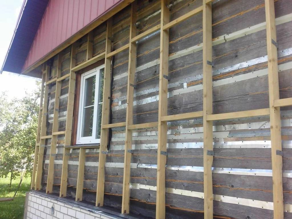 Утепление деревянного дома изнутри: 3 вида утеплителя