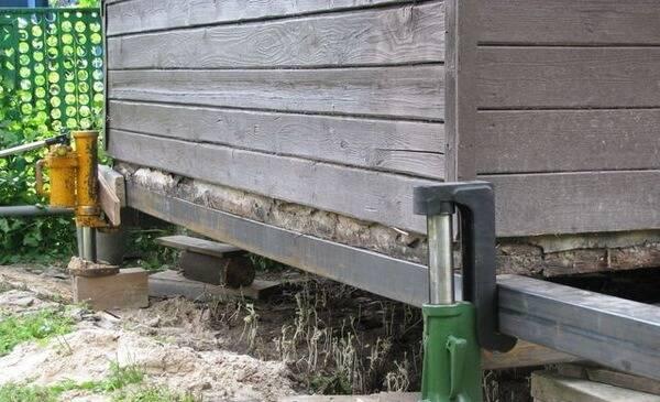 Ремонт фундамента винтовыми сваями: замена, перенос, реконструкция, демонтаж старого основания вашего дома, а также отзывы