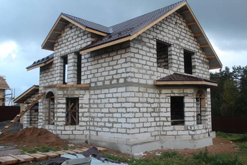 Как и из чего строятся блочные дома (из блоков)? можно ли построить своими силами?