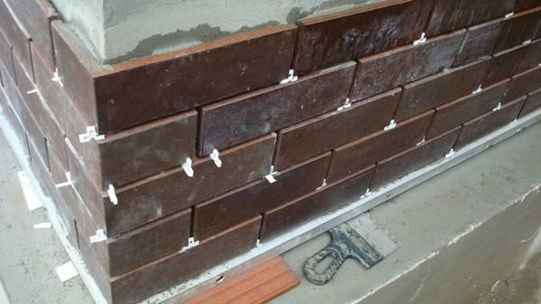 Советы по выбору клинкерной плитки для облицовки цоколя, инструкция по отделке