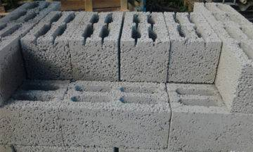 Фундамент из керамзитобетонных блоков