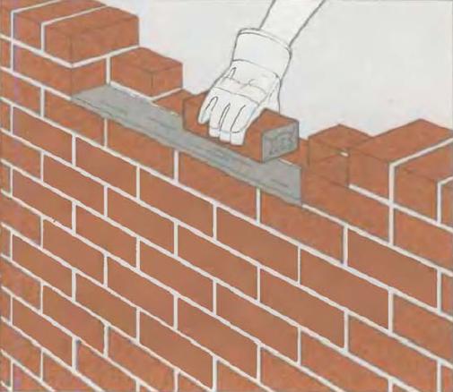 Советы опытных каменщиков, как и чем заделать дыру в стене из кирпича