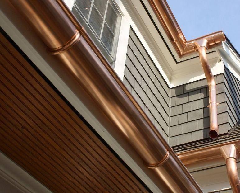 Как монтировать металлическую водосточную систему крыши своими руками
