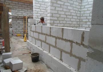 Межкомнатные перегородки из пеноблоков своими руками: устройство и монтаж | o-builder.ru