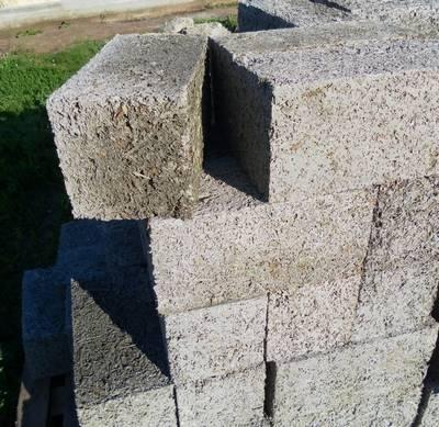 Арболитовые блоки: недостатки, достоинства, характеристики