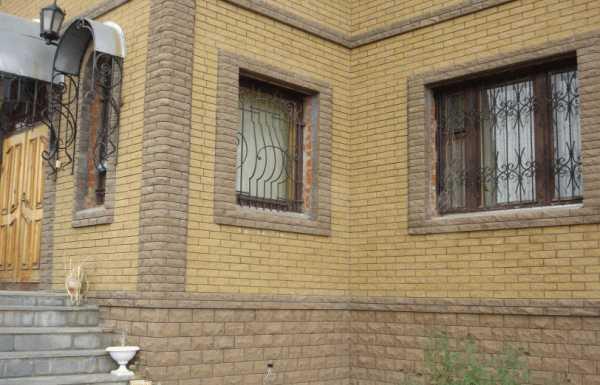 Красивое обрамление окон — оригинальное украшение фасада