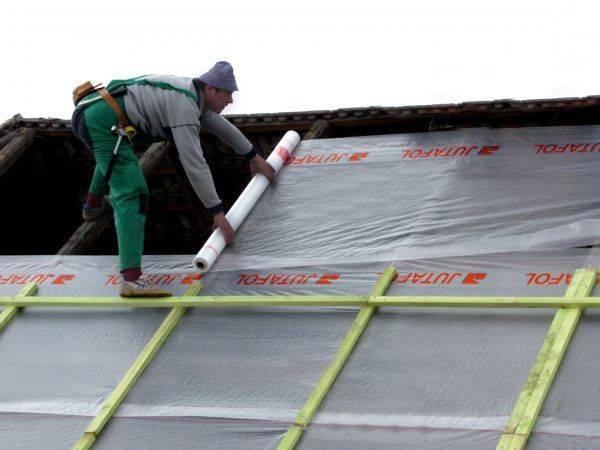 Как утеплить крышу мансарды: необходимые материалы, инструменты, поэтапная технология, видеоинструкция