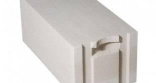Какой должна быть толщина стен из газобетона?