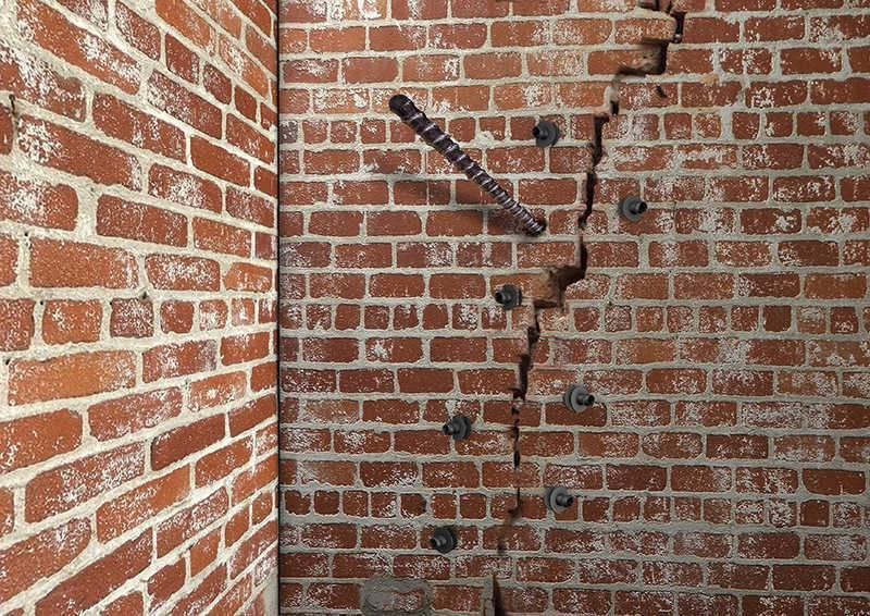 Ремонт кирпичной кладки стен отдельными местами: восстановление, вычинка